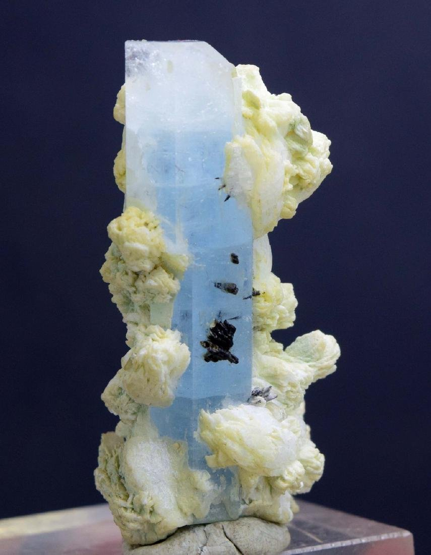 Terminated & Undamaged Natural Aquamarine with Hematite