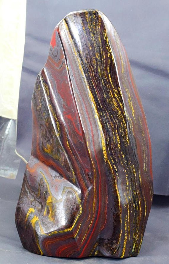 Top Quality Self Standing Tiger's EYE / IRON STONE - 4
