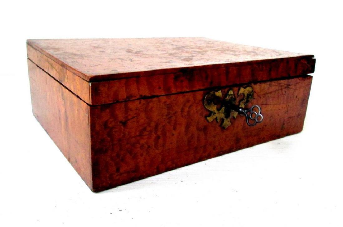 Early Tiger Maple Trinket Box
