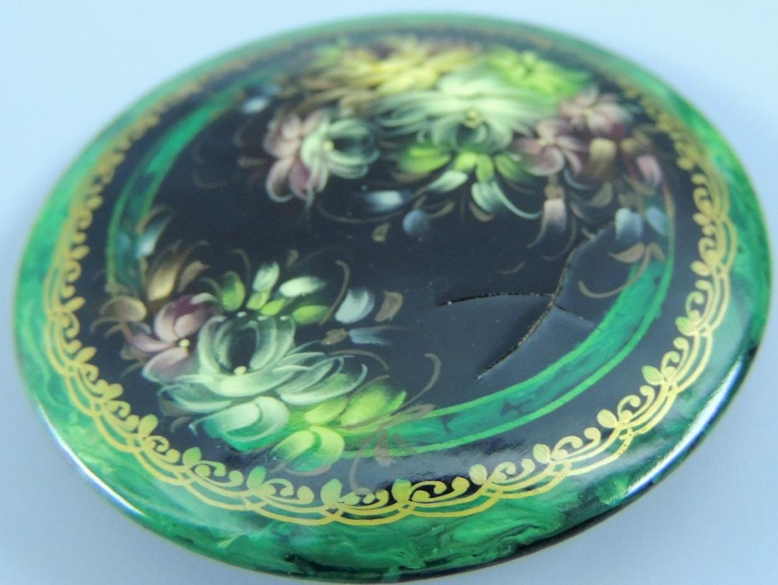 Russian Lacquer Hand Painted Brooch, Signed - 3