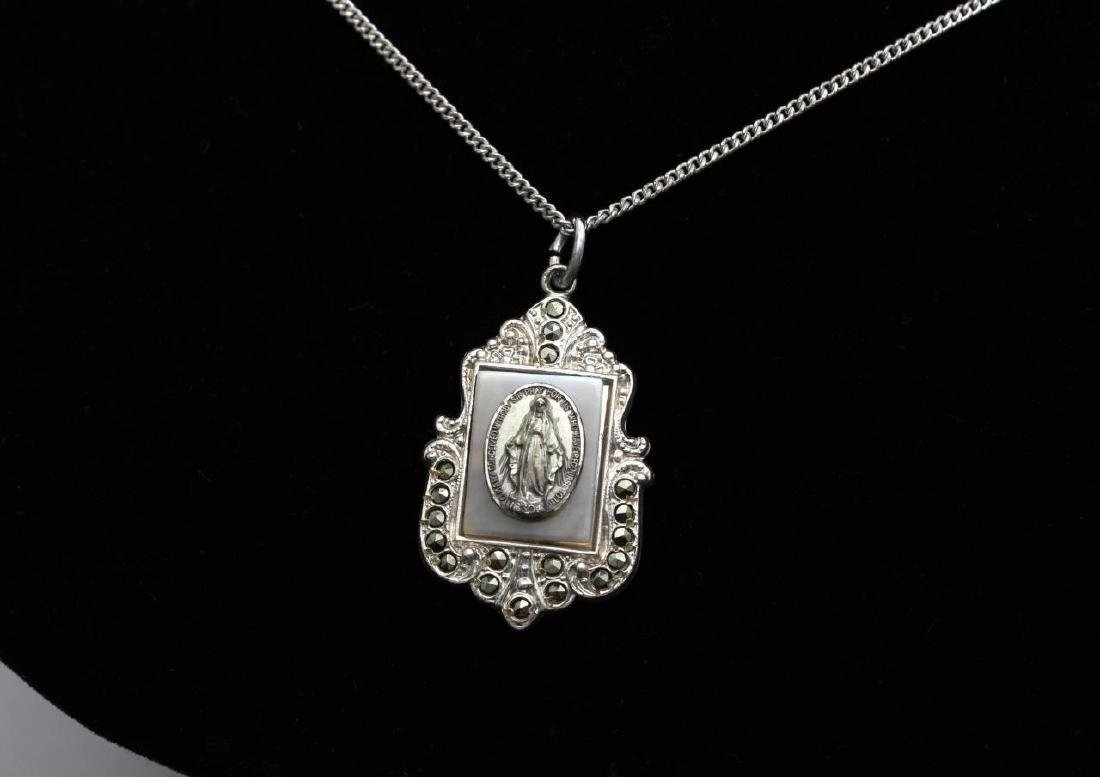 Vintage Sterling Miraculous Mother of Pearl Necklace