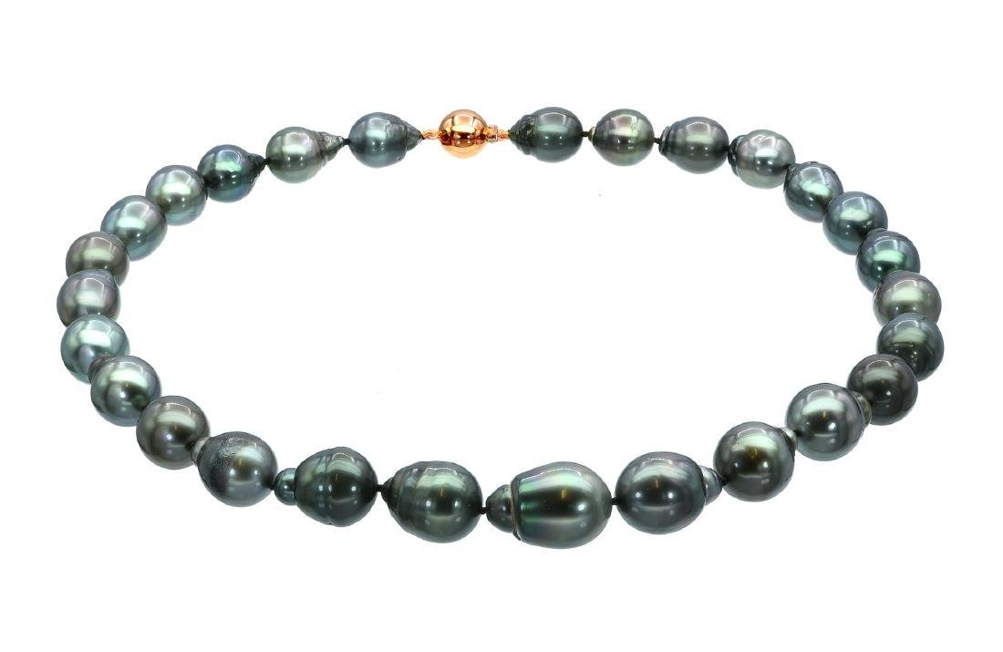 Lustrous 11x14.1mm Tahitian Pearl Necklace Featuring a