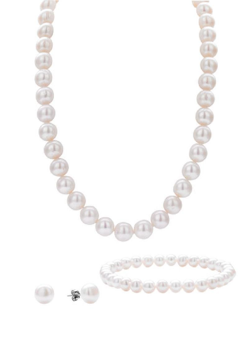Freshwater Pearlset Containing Necklace, Bracelet and
