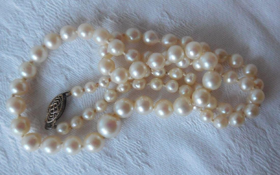 Graduated Akoya Pearl Necklace, 14K Clasp