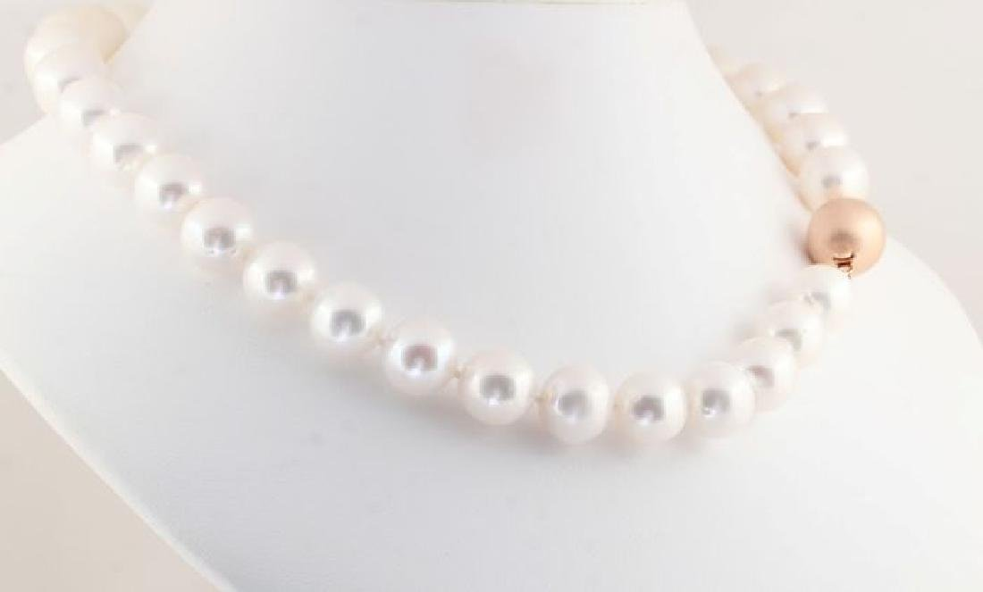 Lustrous 12x14mm Freshwater Pearl Necklace Set with a