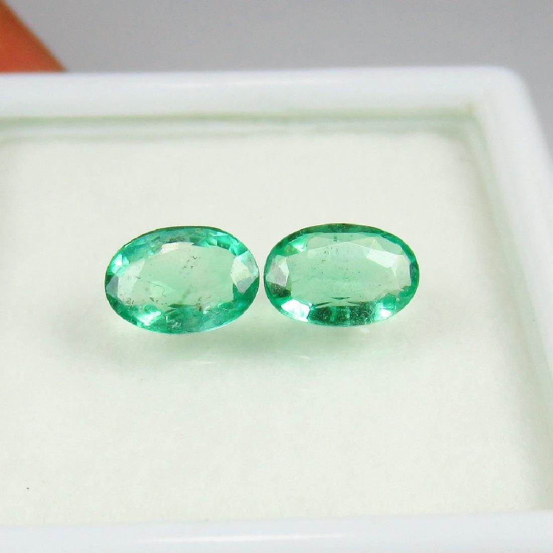 0.94 Carat Natural Loose Emerald Oval Pair