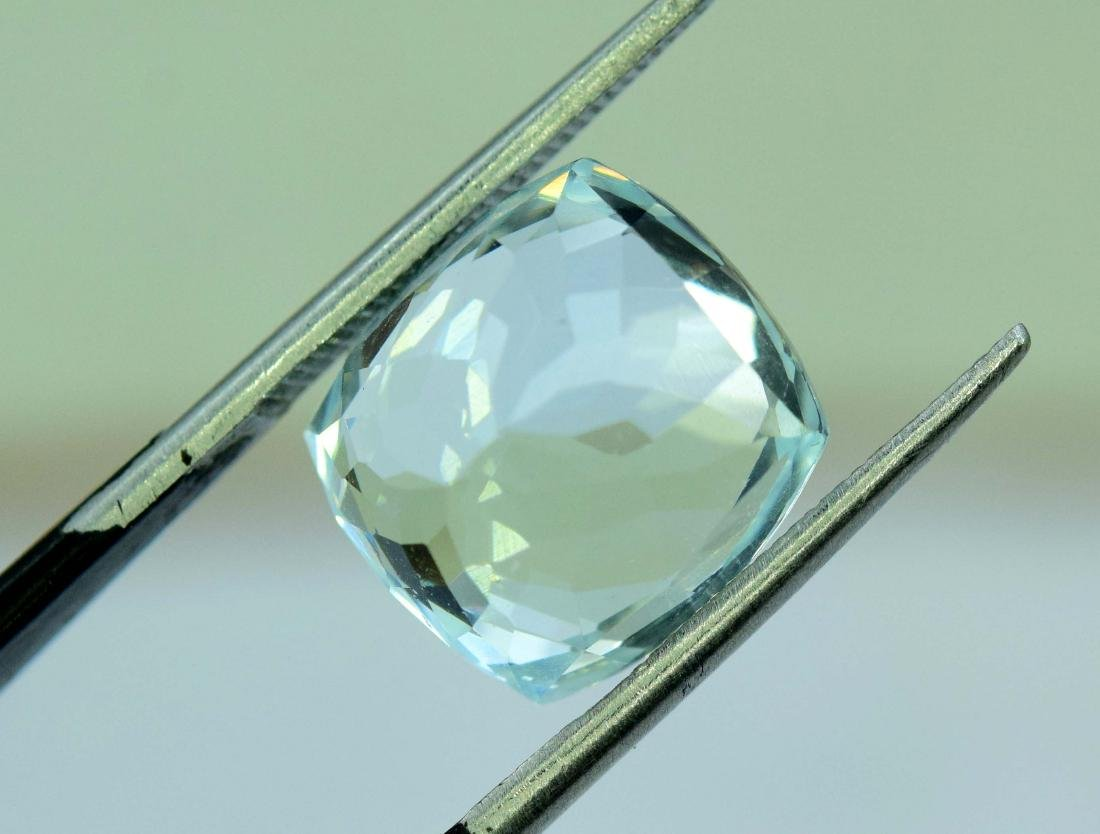 7.45 Carat Natural Aquamarine Loose gemstone - 5