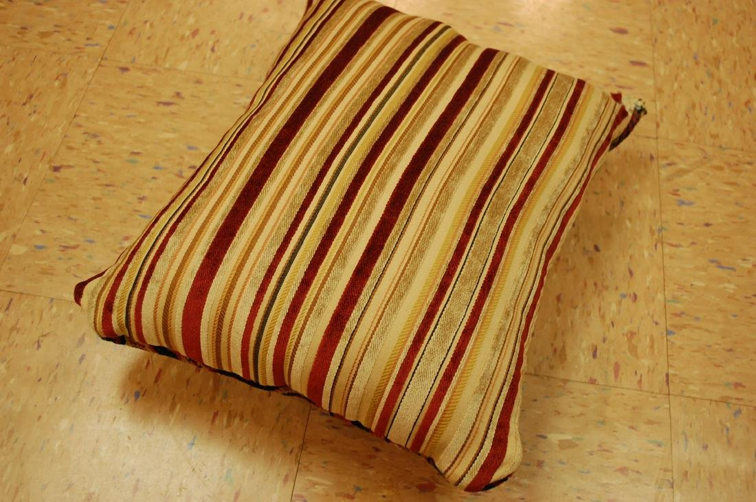 Hand Made Pillow Rug 1.3x1.6 - 3