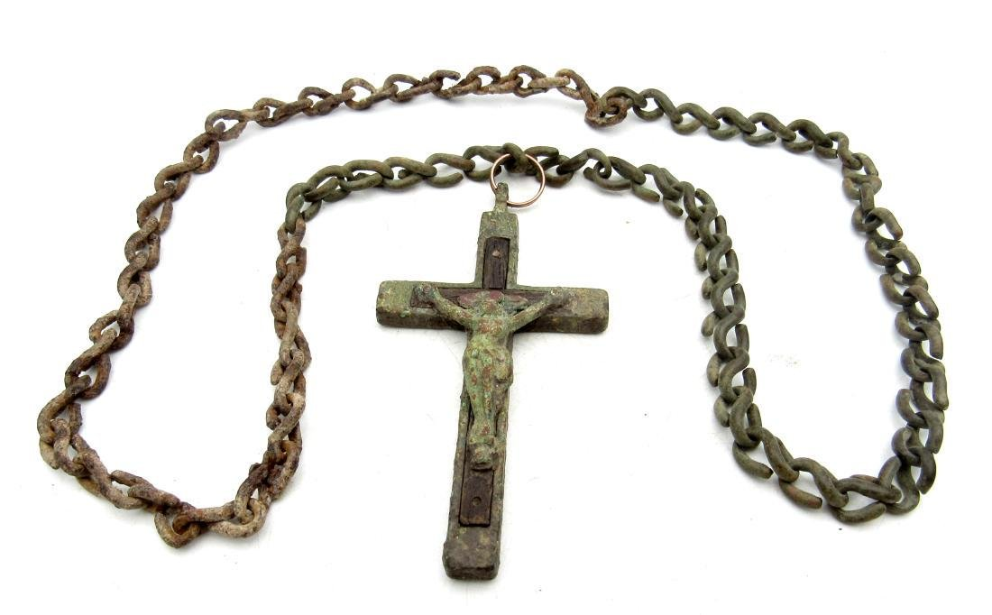 Post Medieval Crucifix with Original Wood and Chain - 3