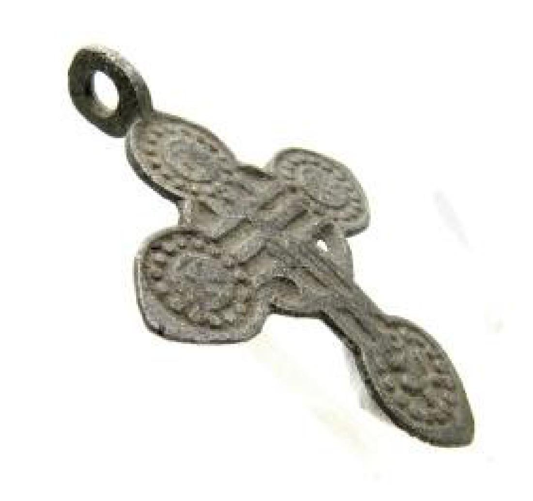 Late/post Medievaldecorated cross pendant - 3
