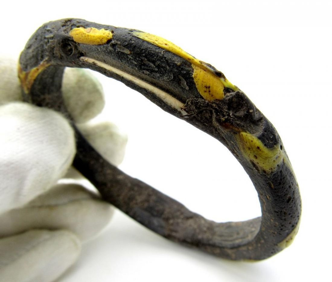 Ancient Byzantine Glass Bracelet