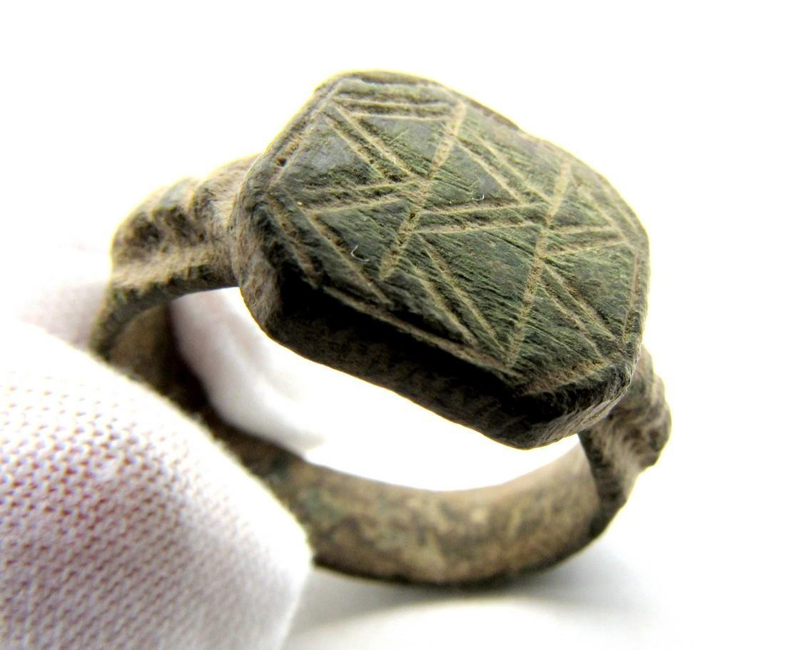 Viking Bronze Traveler's Ring Depicting Mountains - 3
