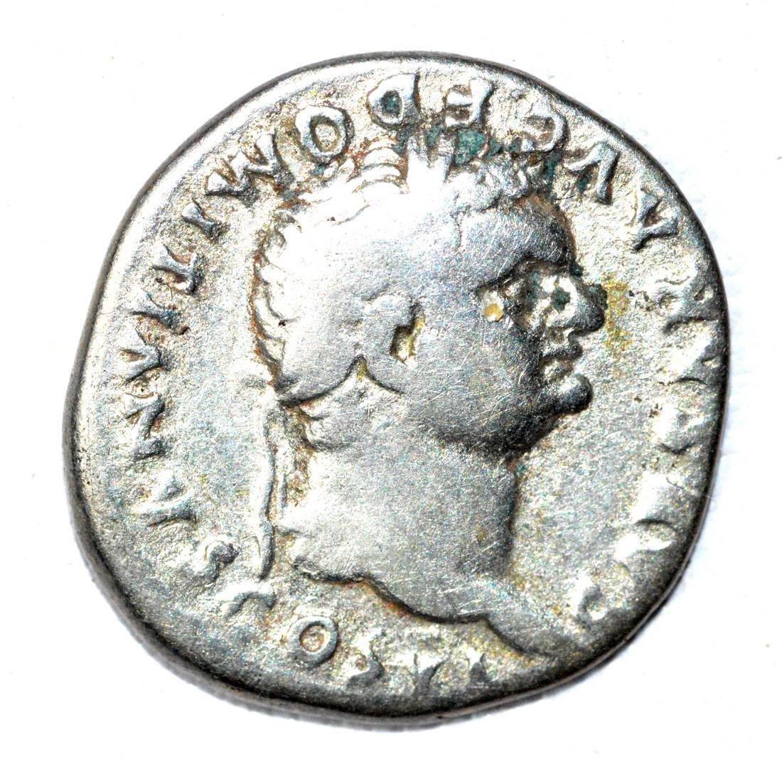Roman AR Denarius of Dmitian, rv. Hands