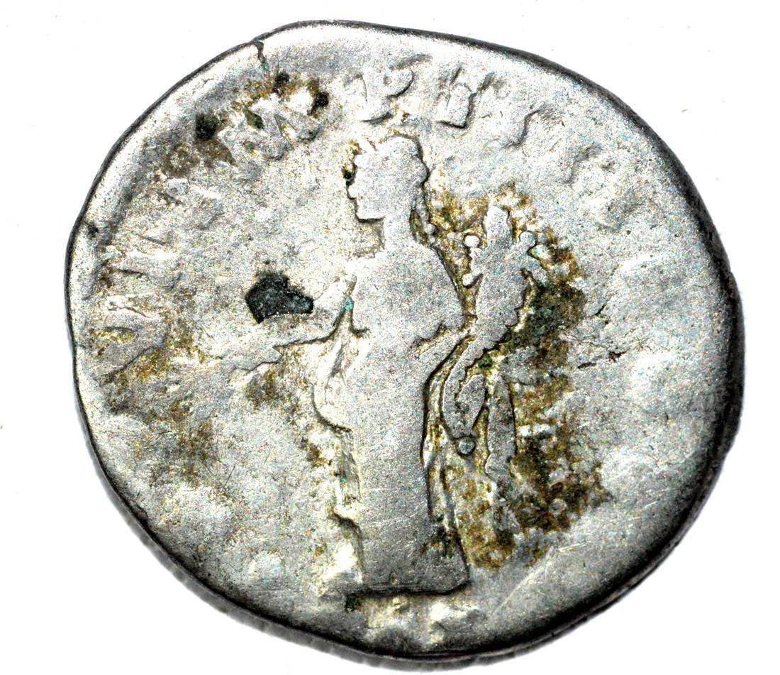 Roman Denarius of Lucius Verus, rv. Providentia - 2