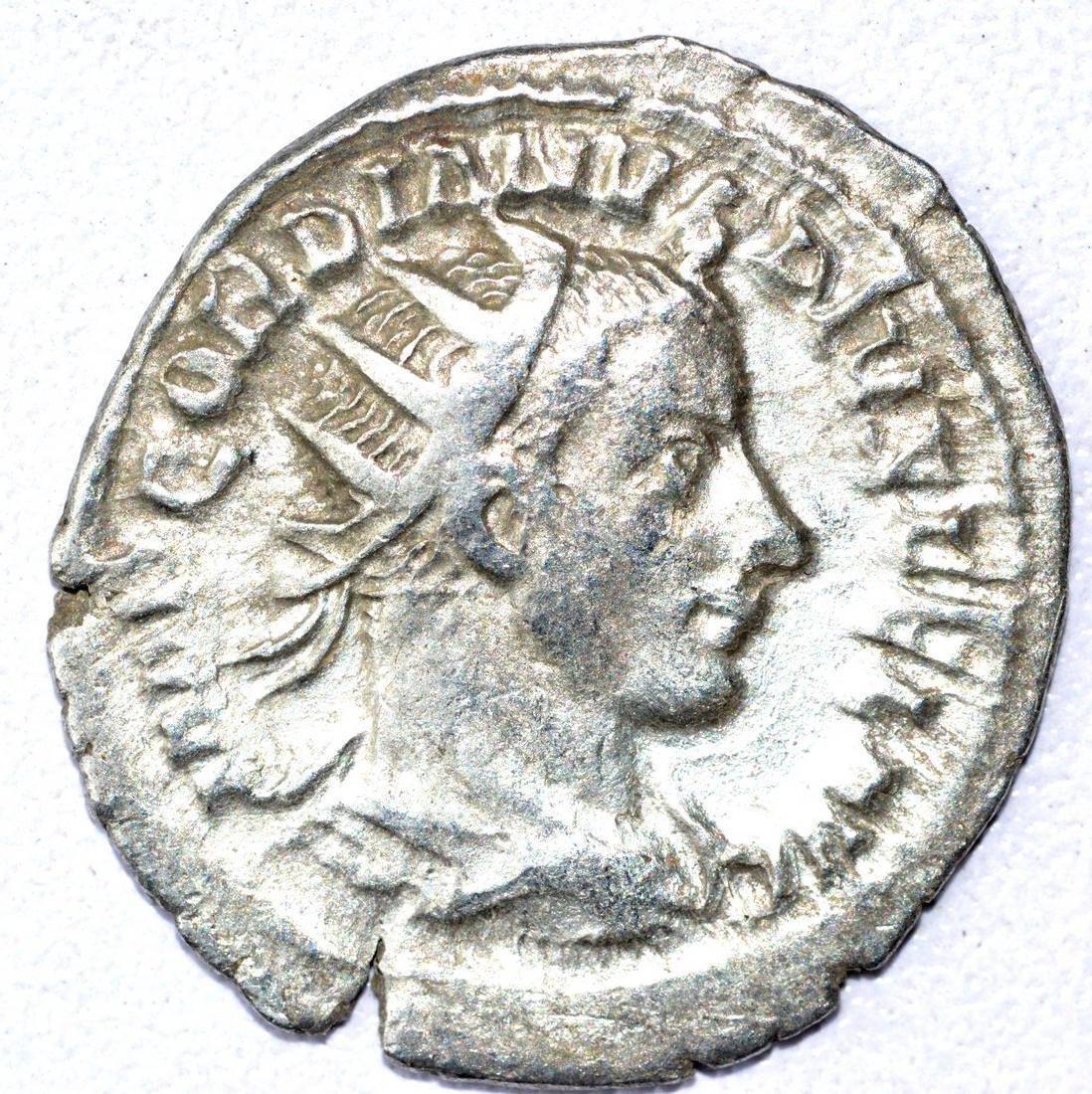 Gordian III AR Antoninianus, rv. Salus
