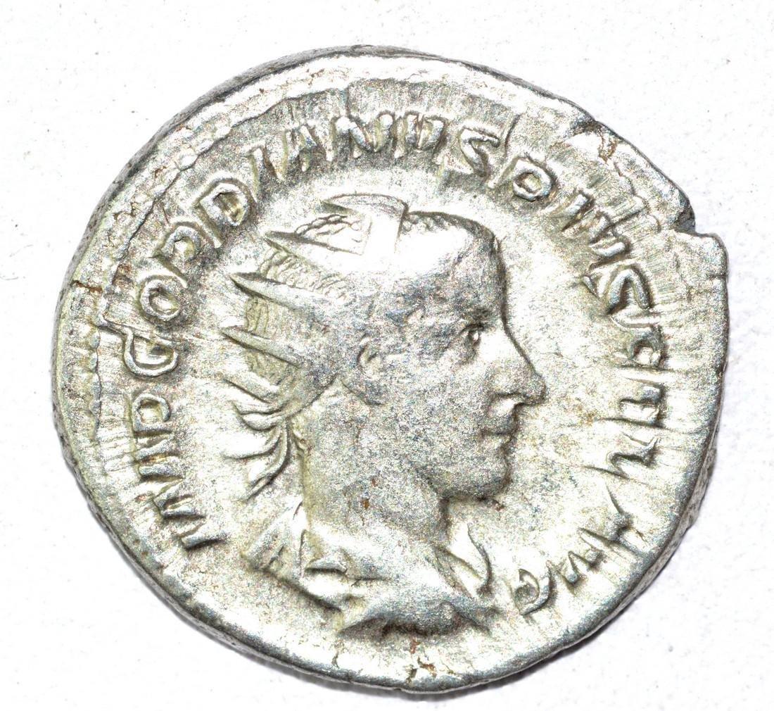Gordian III AR Antoninianus, rv. Victoria