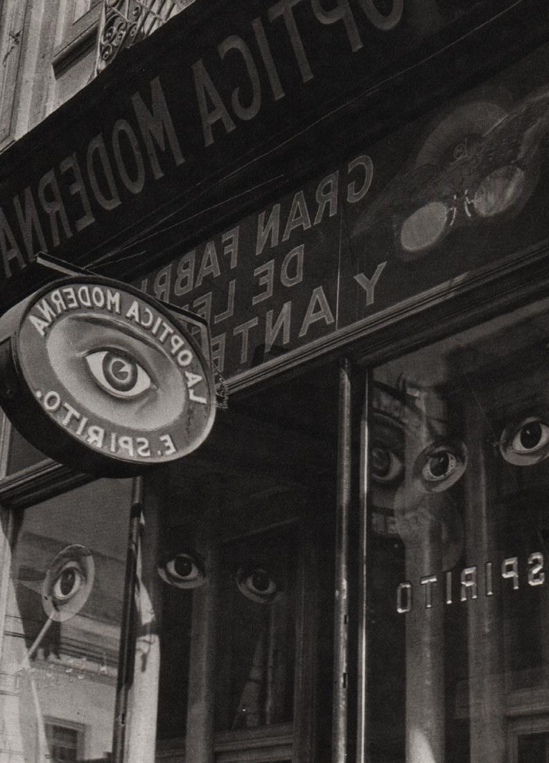 MANUEL ALVAREZ BRAVO - Optic Parable, 1931