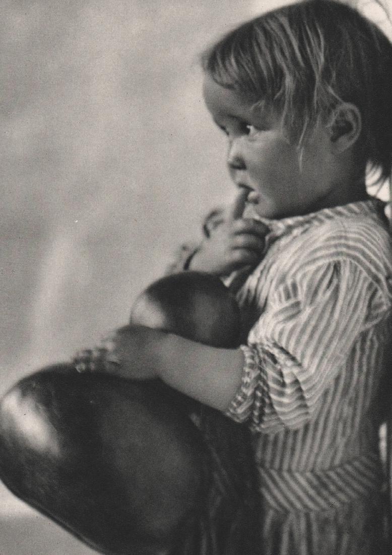 JOSE ORTIZ ECHAGUE - Girl of San Esteban