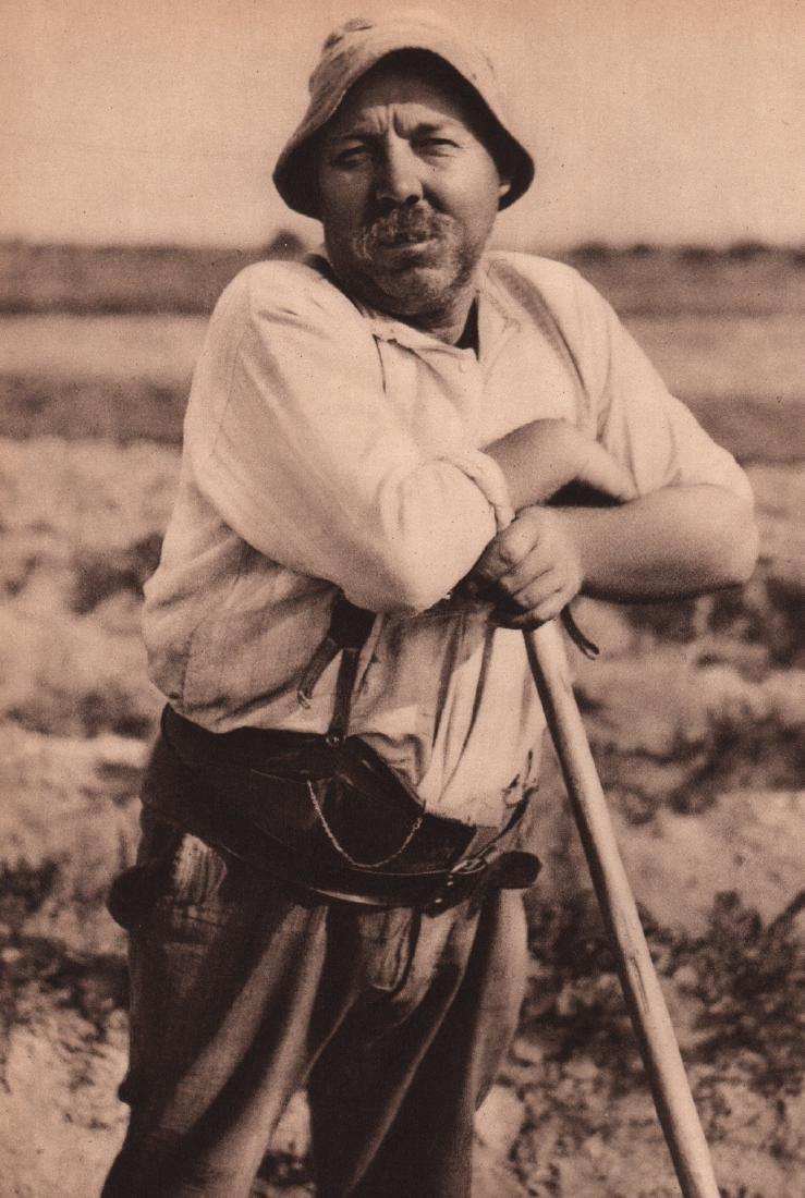 ANDRE KERTESZ - Farmer from Tours
