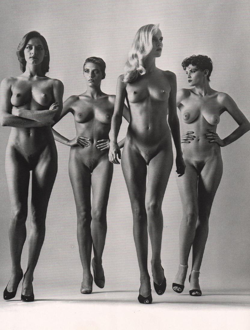HELMUT NEWTON - Sie Kommon, Paris, 1981