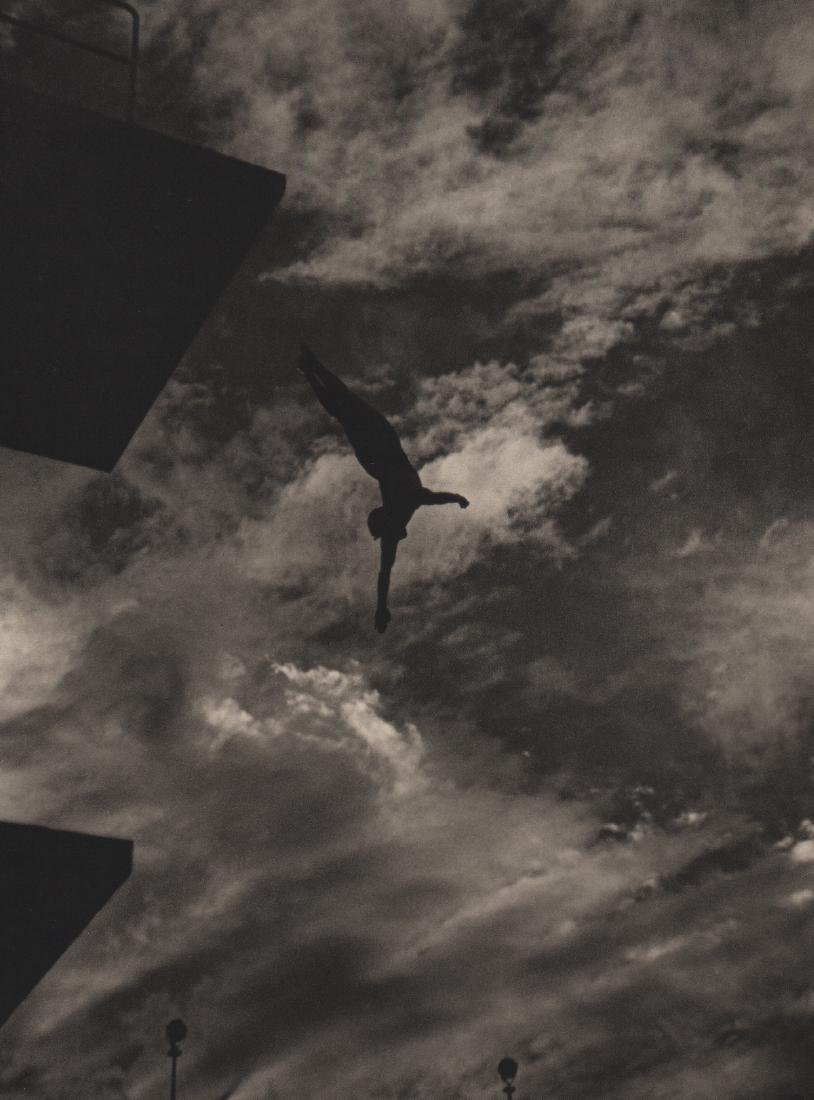 LENI RIEFENSTAHL - Dive from the 10 Meter Tower