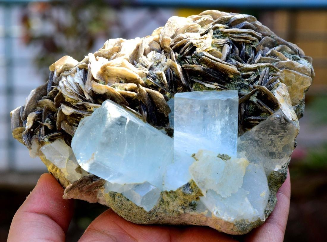 867 gram dazzling aquamarine with mica specimen - 11