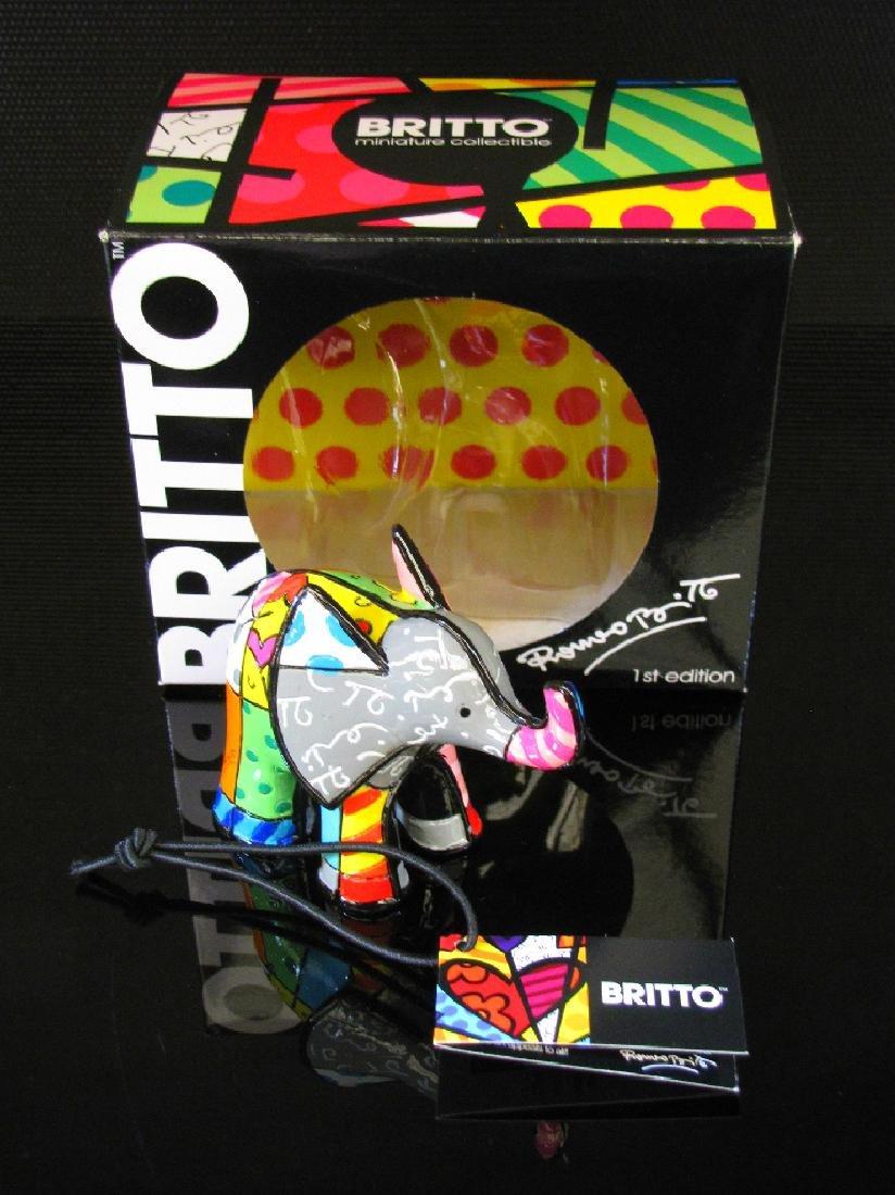 Romero Britto: Little Elephant Grey statue - 3