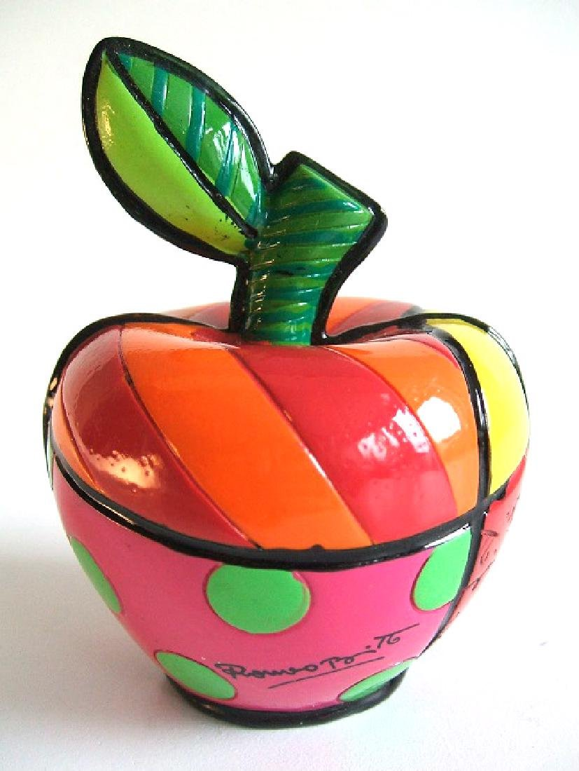 Romero Britto: Little Apple Pop Art statue