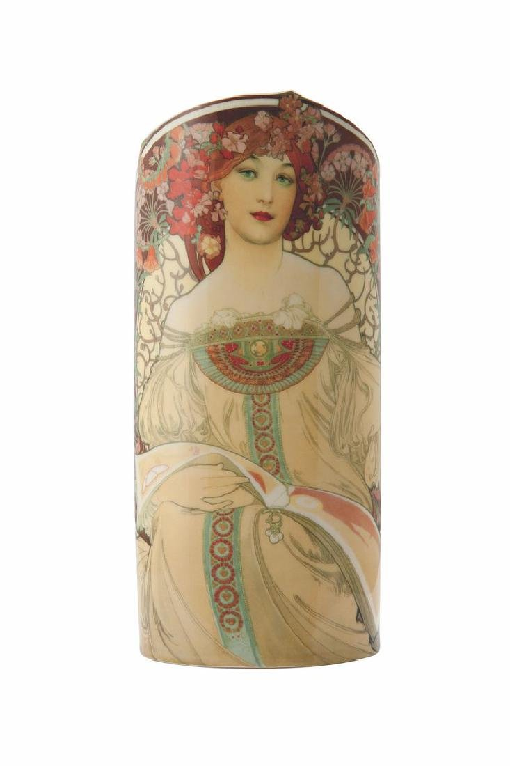 After Alfons Mucha: Vase Rêverie