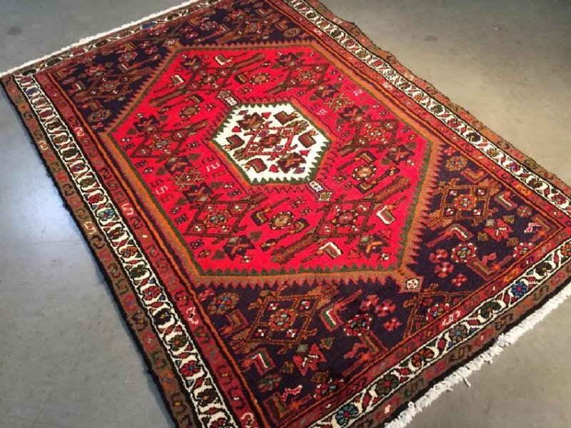 Authentic Hand Knotted Persian Hamadan Rug 3.5x4.10 - 5