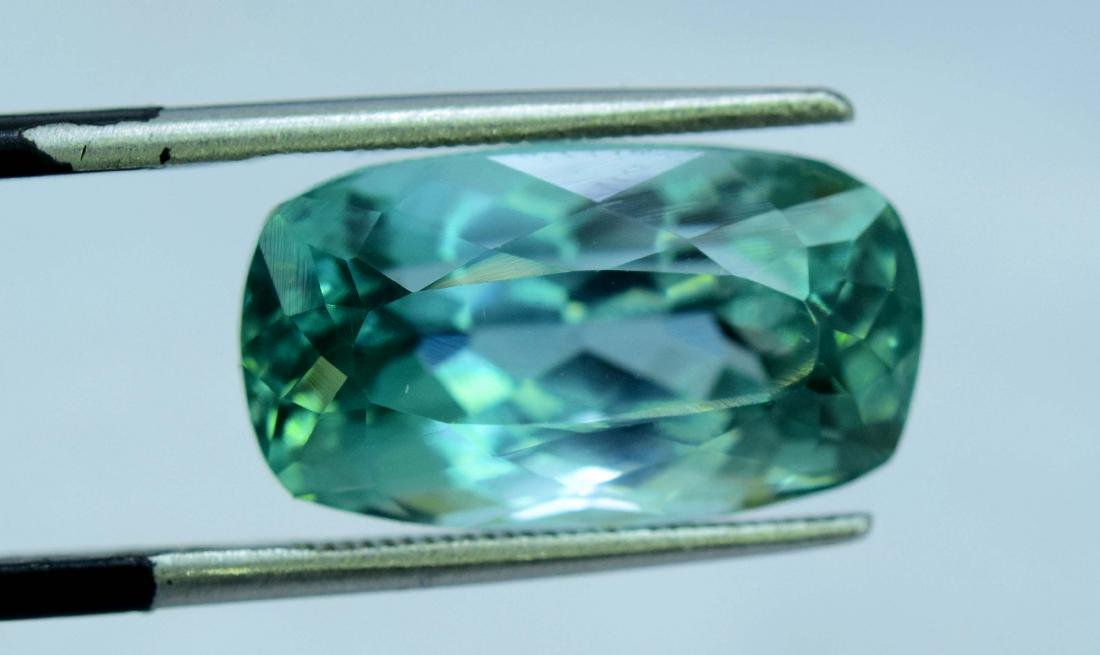 Flawless Lush Green Kunzite Loose Gemstone - 8