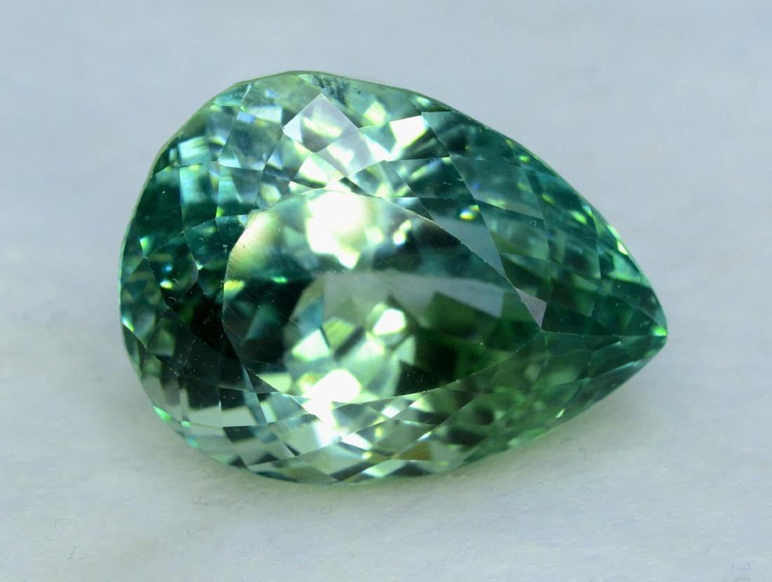 Lush Green Flawless Kunzite Loose Gemstone