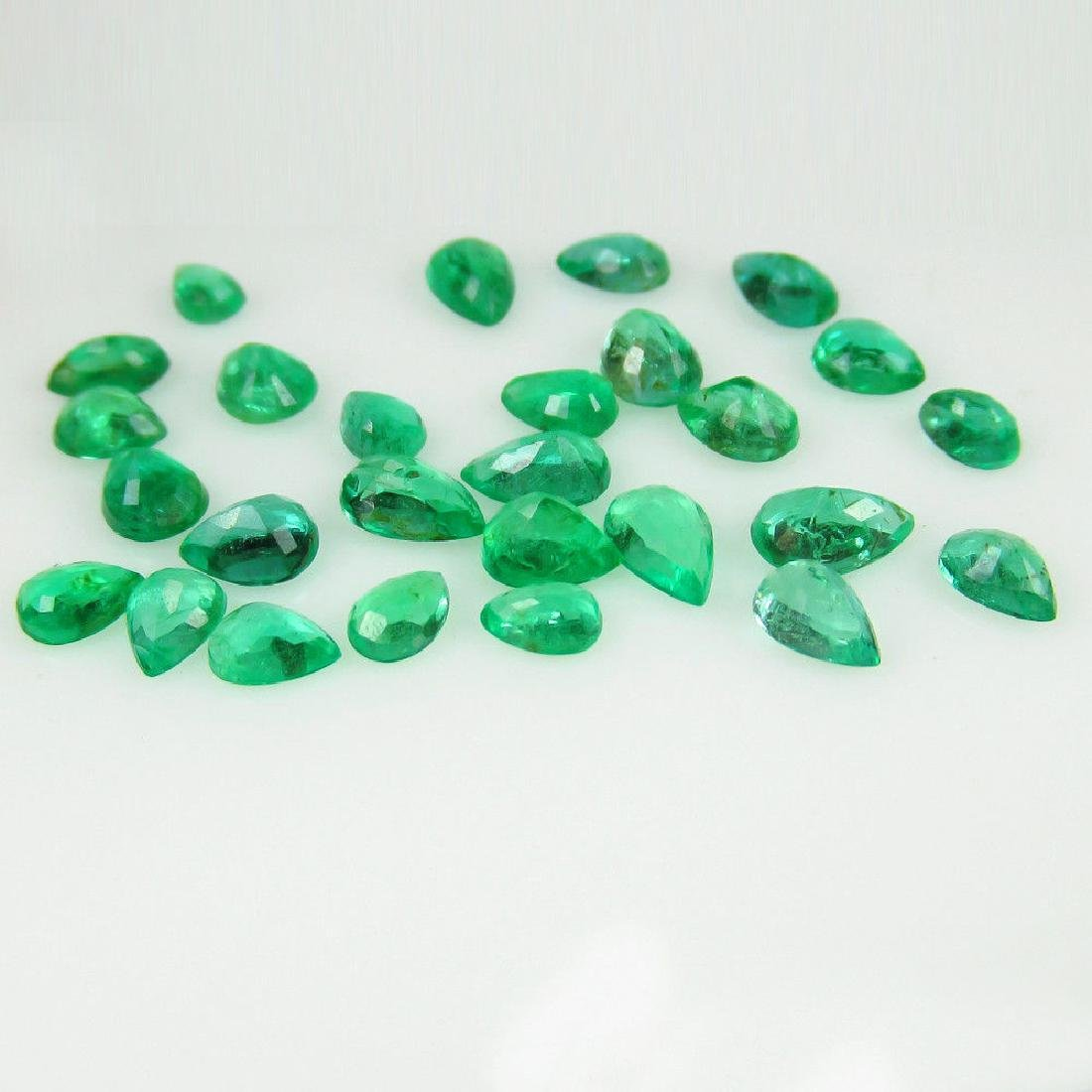 6.58 Carat 27 Loose Emeralds Pear cut Lot - 2