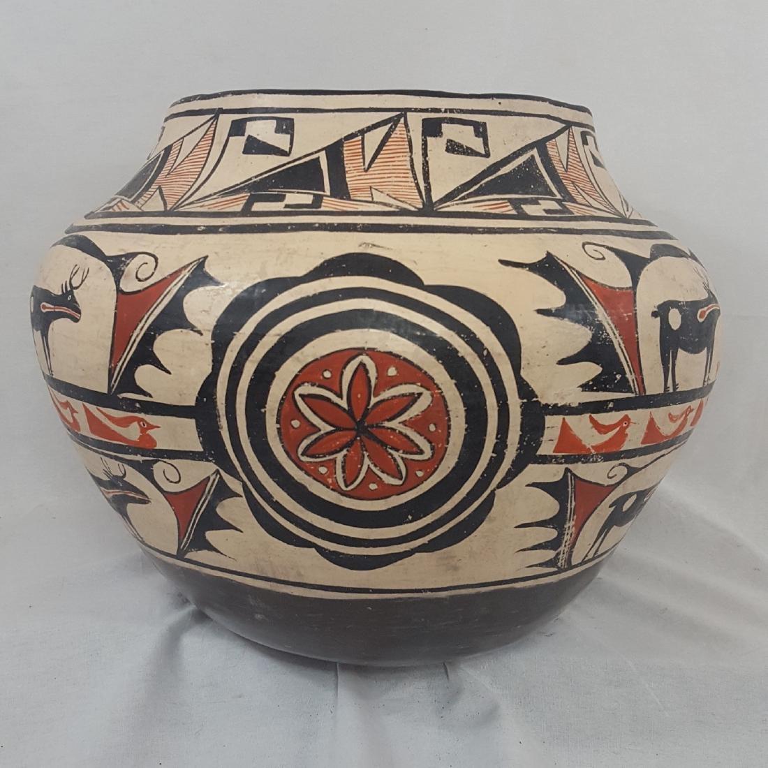 Large Zuni Style Pueblo Pottery Double Heartline 1930's - 5