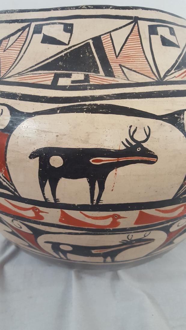 Large Zuni Style Pueblo Pottery Double Heartline 1930's - 9