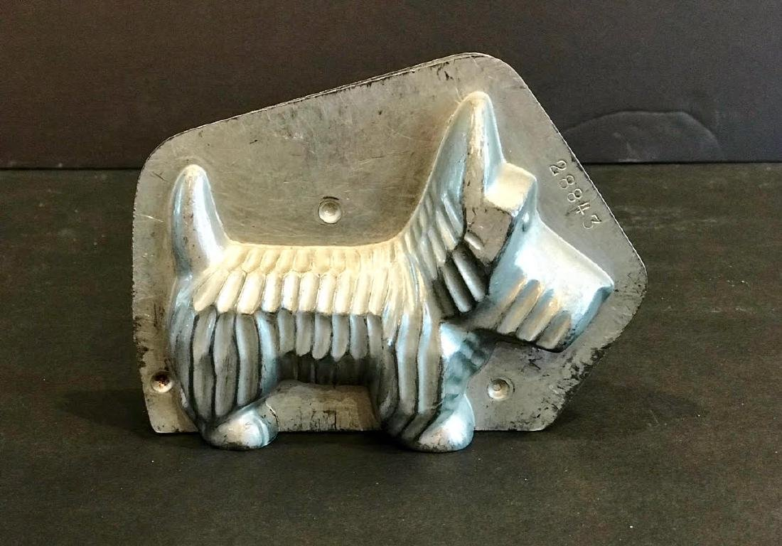 Scottie Dog Chocolate Mold, Early 20th Century