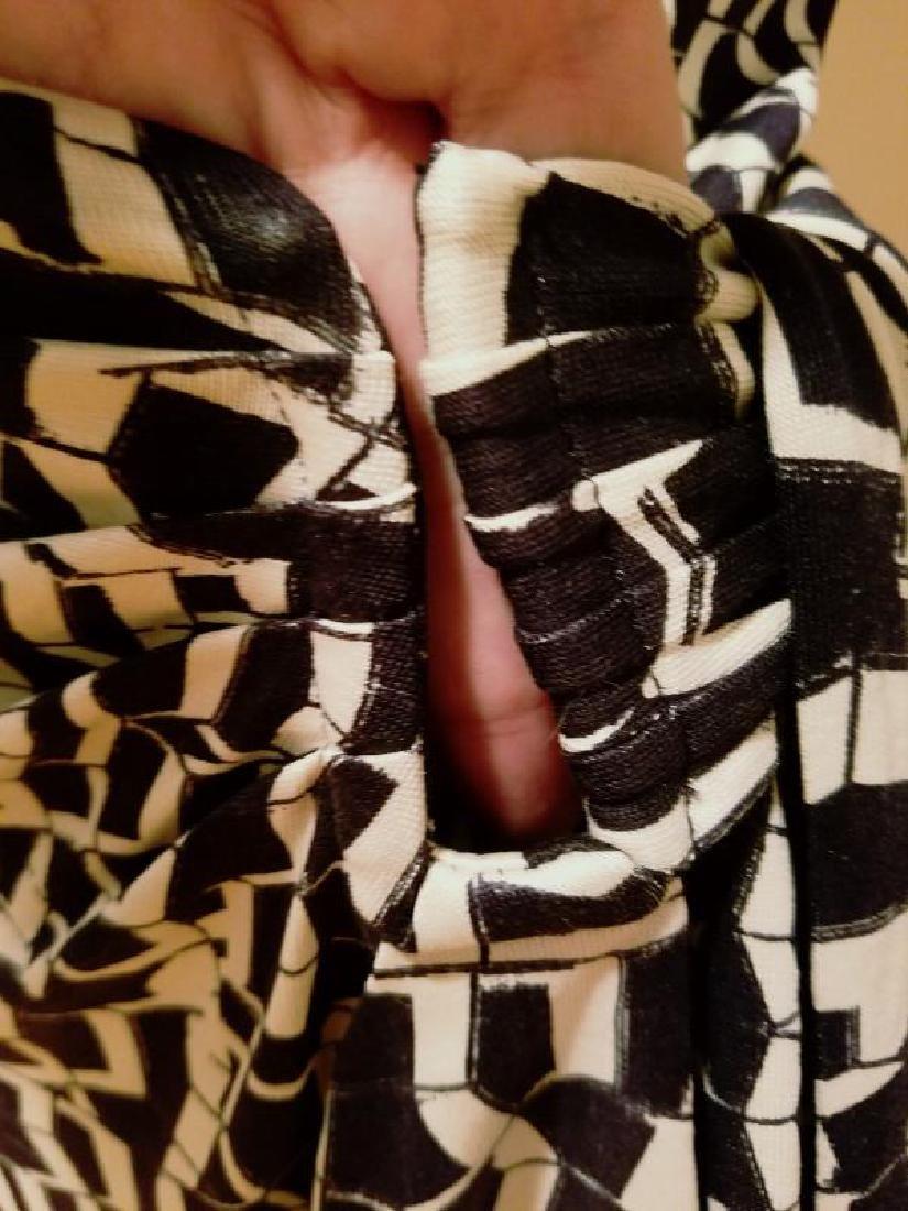 """Vtg Diane von Furstenberg silk wrap""""Diana"""" dress side - 7"""