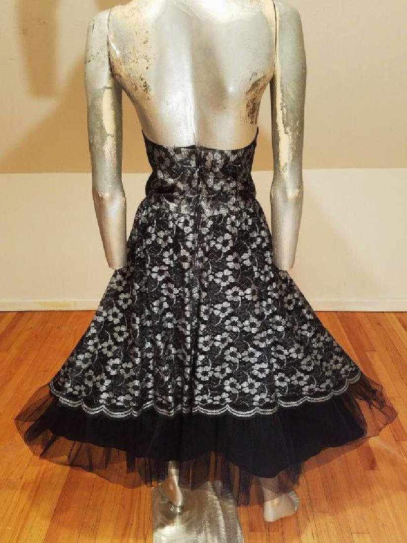 Vtg silver Lame' black lace & Tulle full sweep - 2