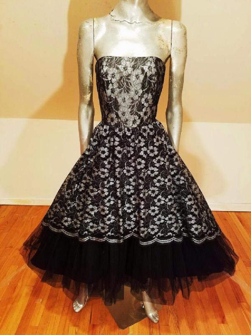 Vtg silver Lame' black lace & Tulle full sweep - 7