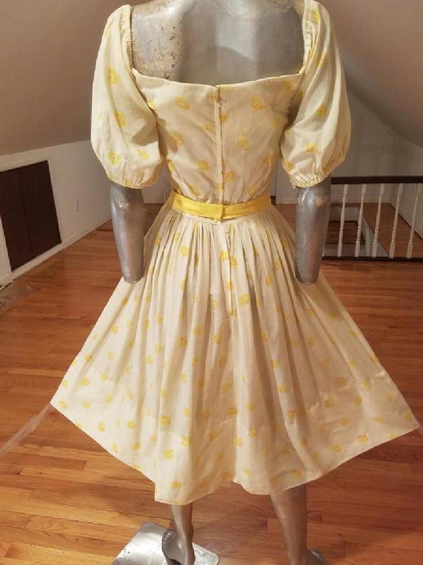 Vtg 1940's full sweep yellow cotton twill dress puff - 3