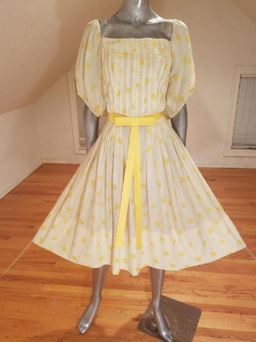 Vtg 1940's full sweep yellow cotton twill dress puff - 5