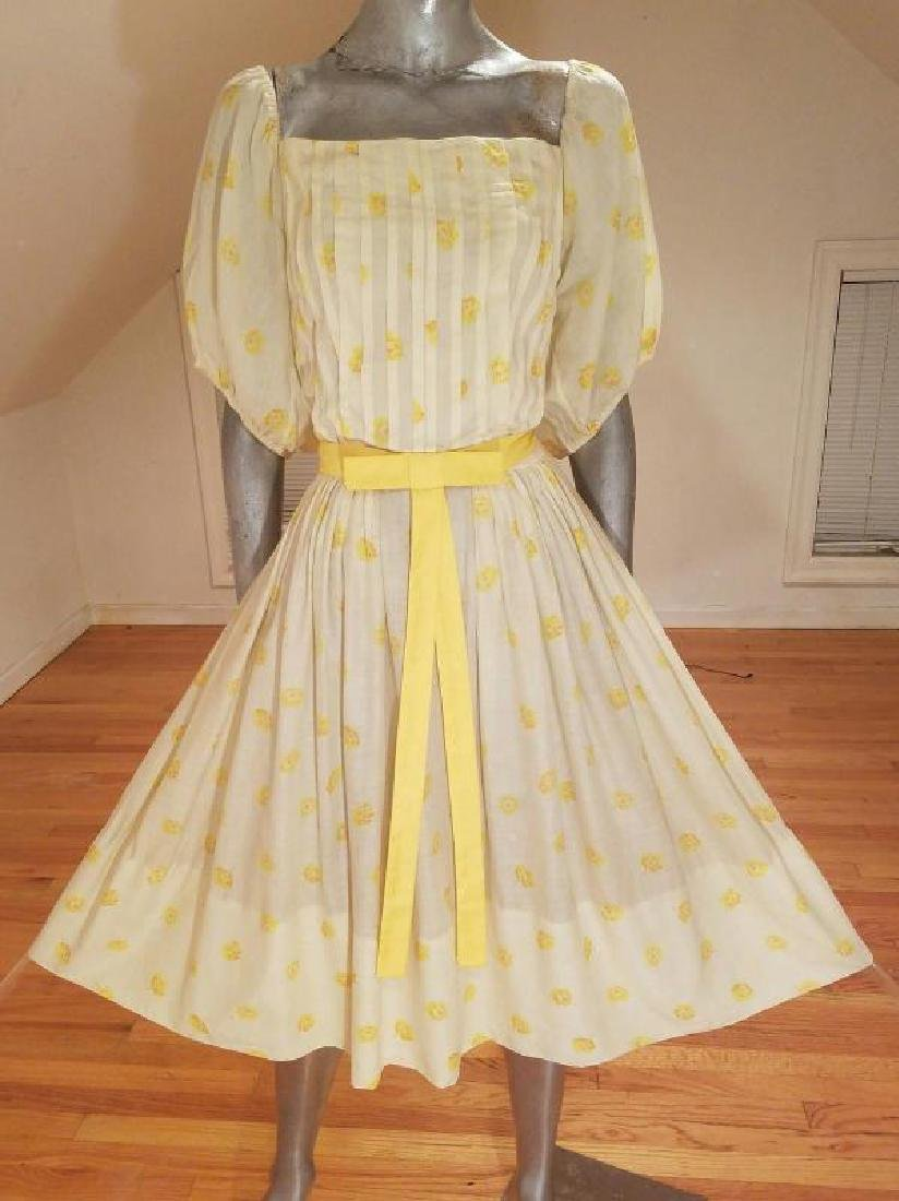 Vtg 1940's full sweep yellow cotton twill dress puff - 6