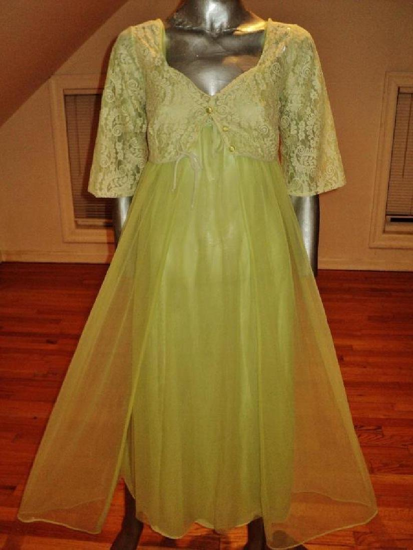 Vintage 1950's moss green nylon Peignoir set with lace - 6