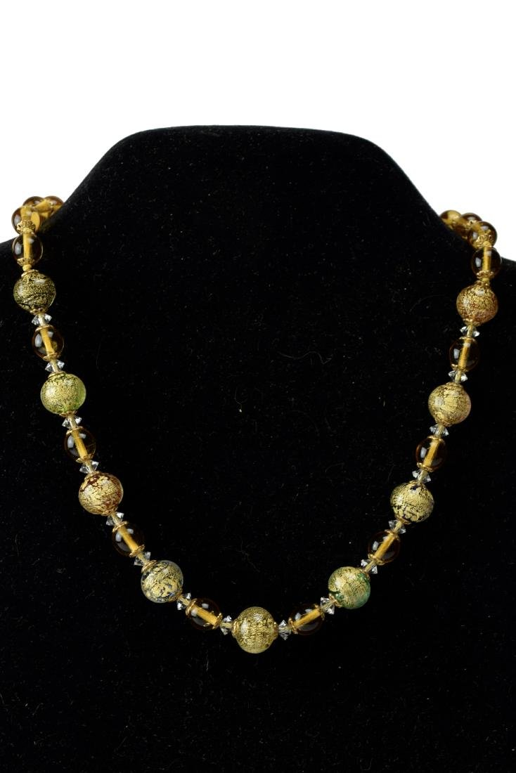 Choker necklace with gold leaf clasps-Murano