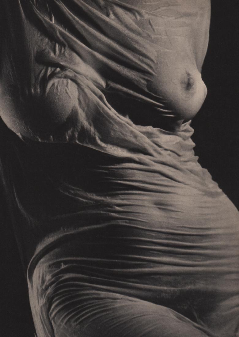 RUTH BERNHARD - Torso