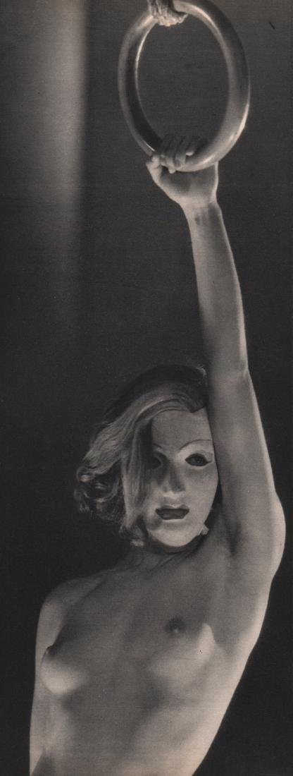 DORA MAAR & KEFER - Nude on Ring