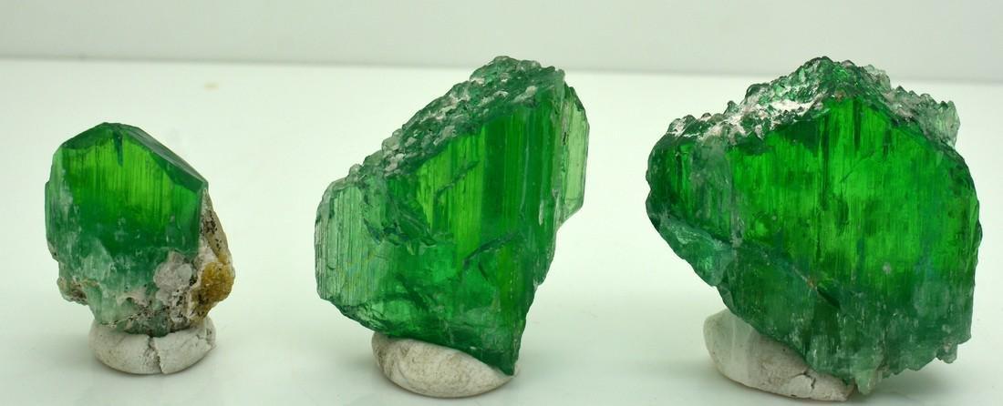 Terminated Green Kunzite Crystals Lot