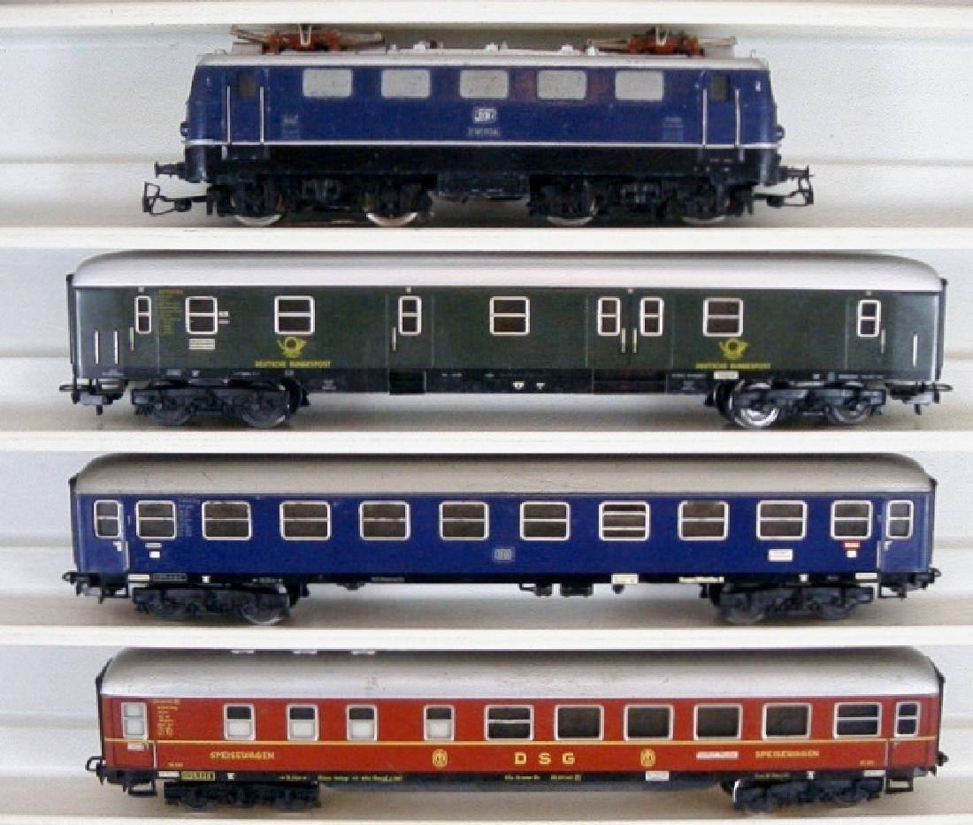 Märklin scale 1: 87 AC -3034 4024 4027 4047 locomotive