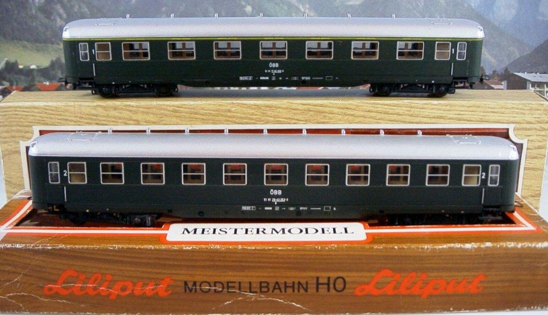 Liliput scale 1:87 (H0) - DC – 83310/ 83800 2 Passenger