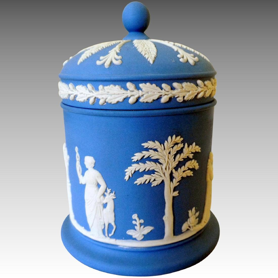 Wedgwood Jasperware Pottery Cache Pot, 1968